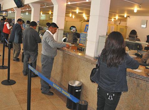 Plan-Empleo-banca-destino-Bs-300-millones