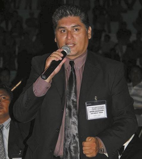 Fallece-el-cantautor-Limbert-Vargas