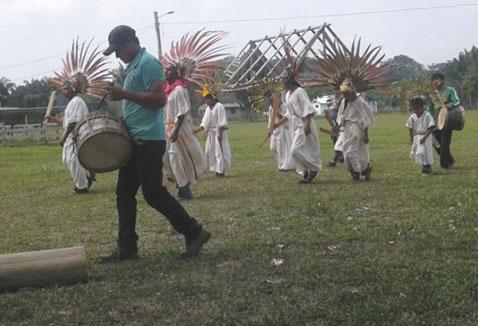 Organizaciones piden proteger a pueblos indígenas en Bolivia