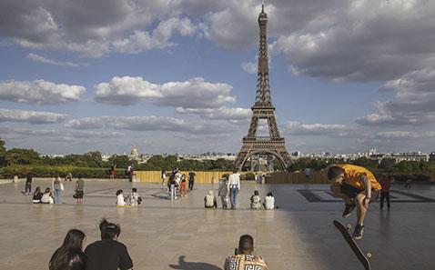 Europa vuelve a la vida mientras Brasil y EE. UU. baten récords de muertos