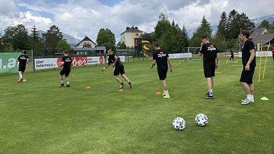 Sancionan-al-club-LASK-por-no-respetar-protocolo-y-pierde-la-punta-del-torneo-austriaco