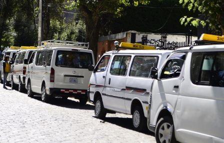 Transito-alista-fuertes-medidas-de-control-de-bioseguridad-al-transporte-publico-en-La-Paz