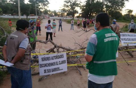 Vecinos-levantan-bloqueo-de-avenida-que-conduce-al-Cementerio-General-de-San-Jose
