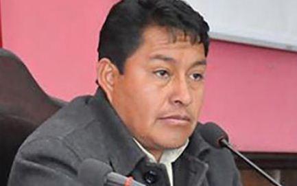 Asambleistas-deciden-cambiar-al-gobernador-de-Oruro