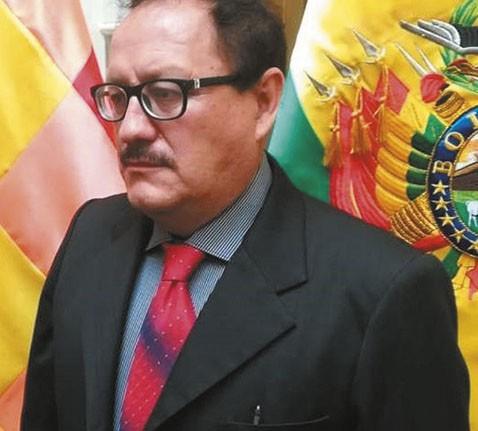 Presidenta-Anez-destituye-al-Ministro-de-Mineria-