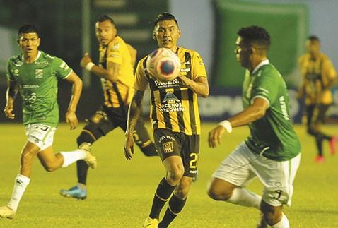 El-futbol-boliviano-no-tiene-fecha-de-retorno