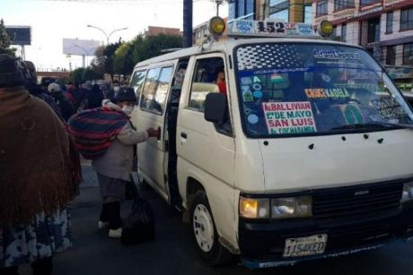 Dirigente confirma que en El Alto hay choferes infectados con Covid-19