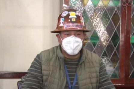 Mineros dicen que el Gobierno usa el dióxido de cloro para prevenir el coronavirus en su 'entorno cerrado'