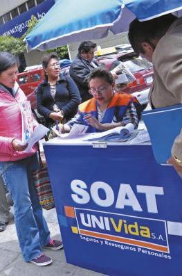 Gobierno-impulsa-rebaja-hasta-el-20-%-en-el-precio-del-SOAT-