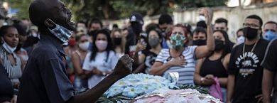 Las-victimas-de-la-policia-en-Brasil:-Negro,-joven-y-residente-en-una-favela