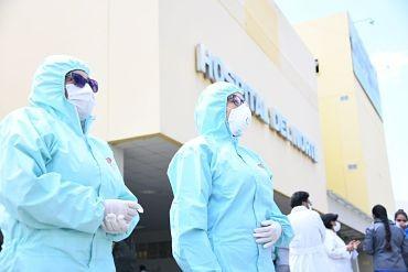 Gobierno-convoca-a-medicos,-enfermeras-y-estudiantes-en-salud-a-reforzar-lucha-contra-la-pandemia