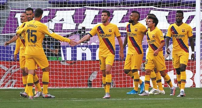 Barcelona-gana-y-le-pisa-los-talones-a-Real-Madrid-