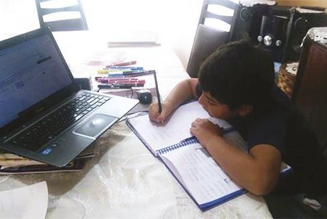 Este-ano-no-habra-aplazo-de-estudiantes-del-nivel-inicial,-primario-y-secundario