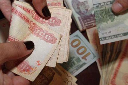 Comision-aprobo-proyecto-de-ley-que-difiere-pago-de-creditos-hasta-el-31-de-diciembre;-Economia-lo-ve--imprudente-