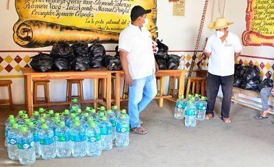 Municipio-chiquitano-recibe-material-de-bioseguridad