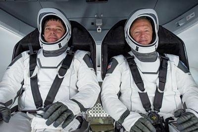 La-nave-tripulada-Dragon-regresa-hoy-a-Tierra-tras-una-mision-historica