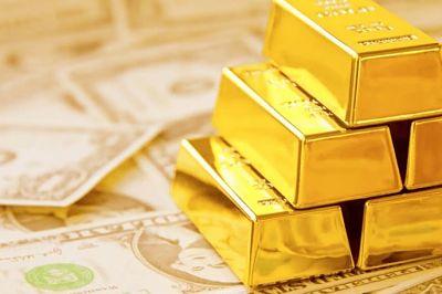 El precio del oro bate un nuevo récord histórico y supera los 2.000 dólares la onza a futuro en octubre