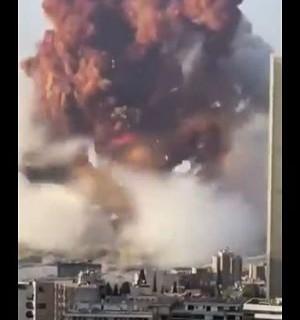 Impresionante-explosion-en-el-puerto-de-Beirut:-estallo-un-deposito-y-hay-al-menos-10-muertos