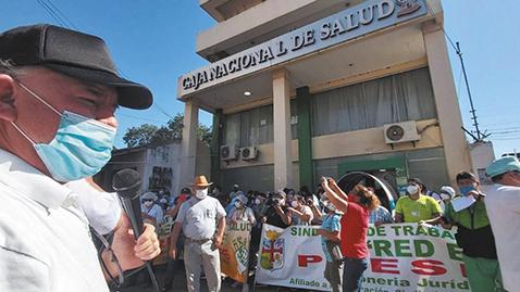 Salubristas llevan un paro de 48  horas amenazan con paro indefinido