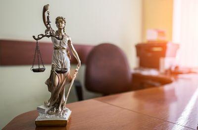 Gobierno suma al gremio de los abogados al Plan de Empleo