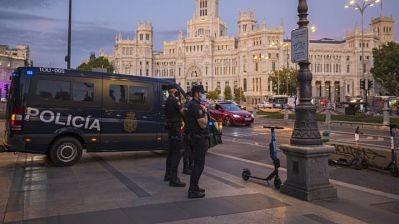 Ante-el-avance-del-coronavirus,-Madrid-estudia-ampliar-el-confinamiento