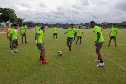 Royal Pari y Bolívar inician labores de cara a la Libertadores