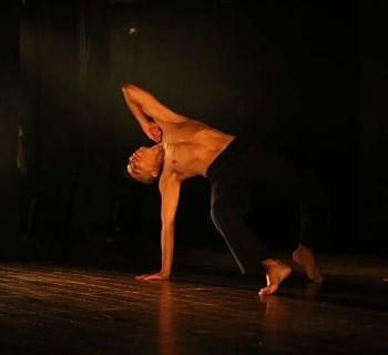 Taller-intensivo-para-aprender-desde-la-elongacion-hasta-la-danza-contemporanea