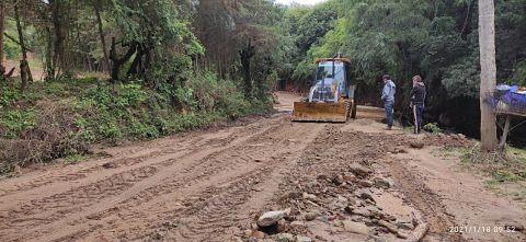 Lluvias afectan rutas de cuatro provincias en Santa Cruz
