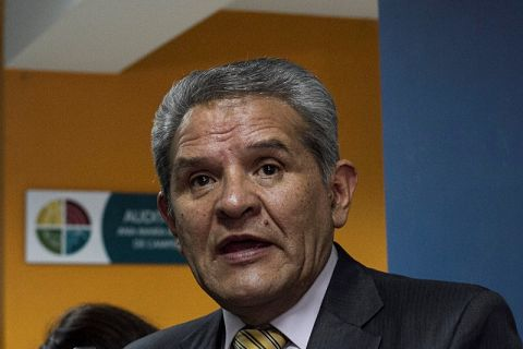 Fallece el exdefensor del Pueblo, Rolando Villena, por COVID-19