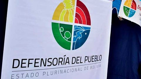 Defensoria-observa-violencia-simbolica-y-discriminacion-en-convocatoria-para-Miss-Santa-Cruz
