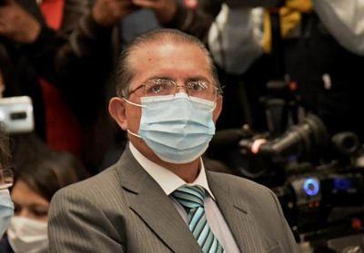 Édgar Pozo, exministro de Salud, es ingresado a terapia intensiva a causa del Covid-19