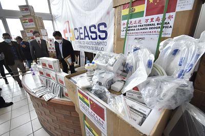 China dona a Bolivia respiradores y pruebas PCR para luchar contra el covid