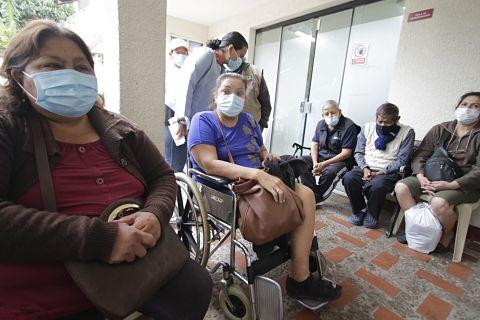Instituto del riñón suspende servicios de diálisis y reubicarán al menos 50 pacientes