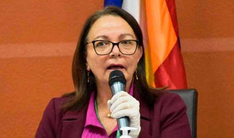 Exministra Roca asegura que no participó del proceso de contratación de respiradores chinos
