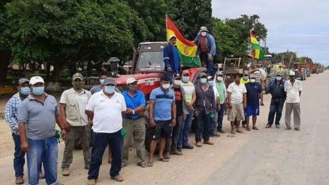 Productores-deciden-levantar-el-bloqueo-en-el-Puente-de-la-Amistad