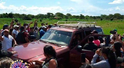 Pobladores-de-Santa-Ana-de-Yacuma-impiden-traslado-de-aprehendidos-por-narcotrafico