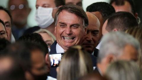 Bolsonaro-afirma-que-hay-una--vacuna-brasilena-en-desarrollo-