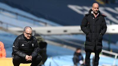 Historico-triunfo-del-Leeds-de-Bielsa:-le-gano-al-Manchester-City-de-Pep-Guardiola-con-un-jugador-menos