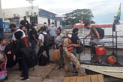 Armada-detiene-a-11-cubanos-que-pretendian-ingresar-al-pais-sin-certificado-negativo-de-prueba-COVID-19
