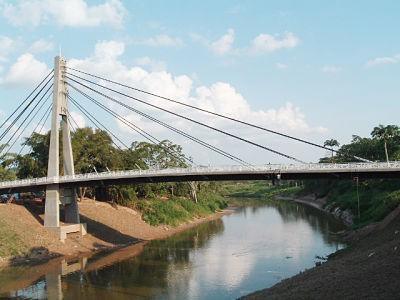 Cobija:-Brasilenos-bloquearon-puente-internacional-en-protesta-al-cierre-de-frontera