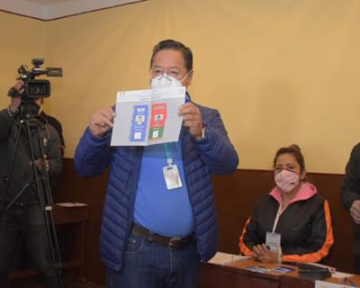Arce-ratifica-su-linea-critica-a-Almagro-y-reafirma-que-no-asistira-a-reuniones-donde-este-la-OEA