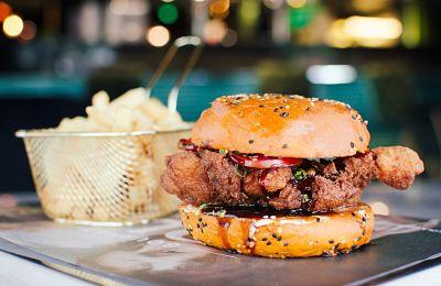 La tercera versión de la Burger Week apunta a impulsar el sector gastronómico