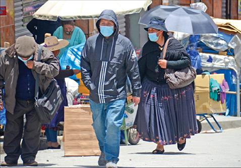 Bolivia registra 2.509 casos nuevos y Cochabamba desplaza a Santa Cruz del primer lugar