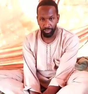 Un-periodista-frances-se-filmo-en-video-anunciando-que-esta-secuestrado-en-Mali