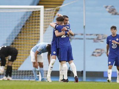 El-City-cae-sobre-la-hora-ante-Chelsea-y-se-priva-de-gritar-campeon