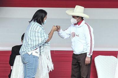 Sondeo-muestra-una-caida-de--Castillo-y-subida-de-Fujimori