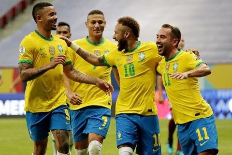 Brasil-golea-a-Venezuela-en-el-partido-inaugural-de-la-Copa-America