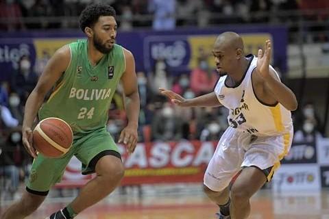 Seleccion-de-basquet-recibe--malos-tratos--y-Joshua-Reaves-abandona-la-concentracion