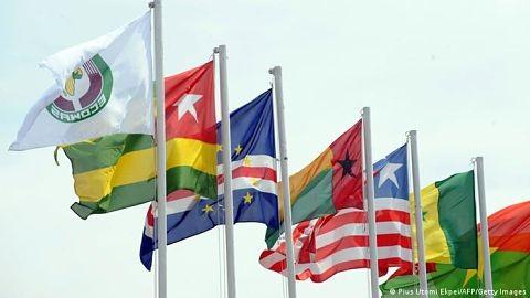 África-Occidental-pospone-el-lanzamiento-de-su-moneda-comun-a-2027