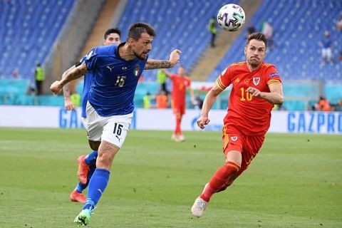 Italia-vence-a-Gales-por-1-0-y-acaba-como-primera-del-grupo-A